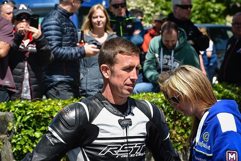 Isle of Man TT 2018: Steve Mercer nach Sturz erfolgreich operiert