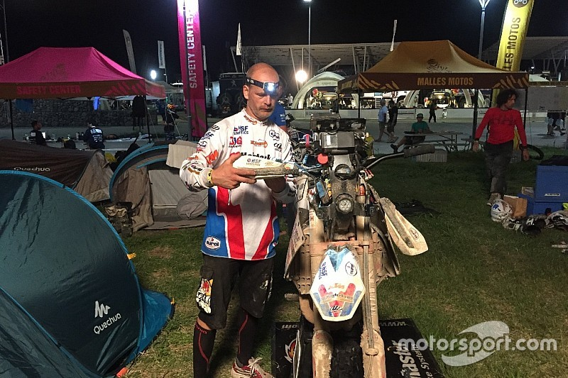Jurgen van den Goorbergh geeft op in Dakar 2017