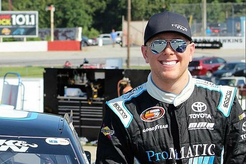 Justin Fontaine to run Trucks full-time with Niece Motorsports in 2018