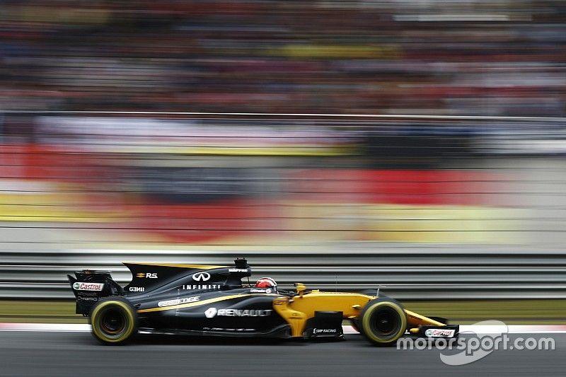 Инженеры Renault нашли причины падения гоночного темпа RS17