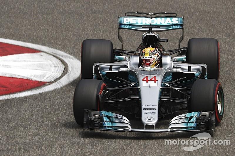 GP Tiongkok: Hamilton rebut pole, Verstappen tersingkir di Q1