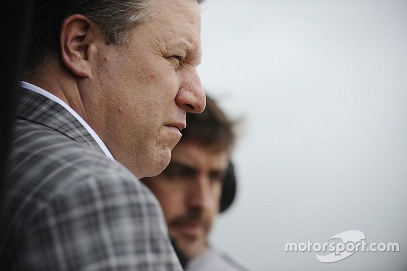 Brown: Alonso, IndyCar'da yarışmakla ilgileniyor
