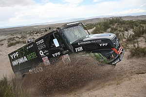 Dakar Nieuws Dakar 2018: Villagra leider bij de trucks na tijdverlies Nikolaev