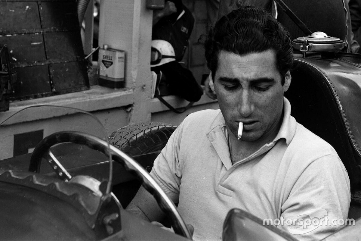 The story of Ferrari's sword fighting 'magnificent hippy'