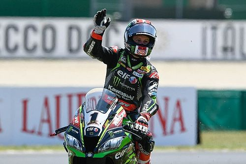 "Rea: ""Dedico la vittoria di oggi a William Dunlop"""