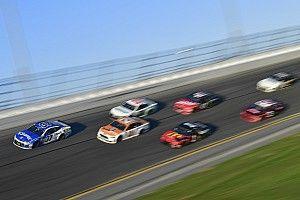 In beeld: de mooiste foto's uit de Daytona 500