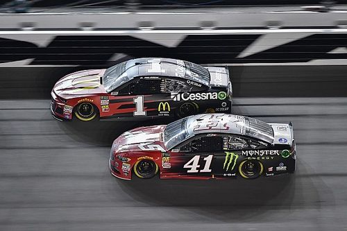 Kurt Busch e Monster Energy deixam Stewart-Haas Racing
