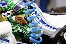Масса привез новый шлем на последний в карьере Гран При