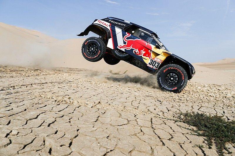 """Sainz says 2018 Dakar """"too much"""" for amateur crews"""