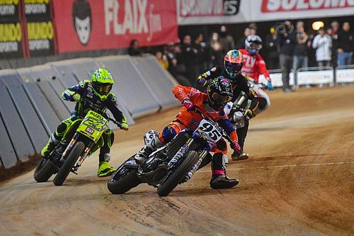 JD Beach remporte le Superprestigio, Zarco chute