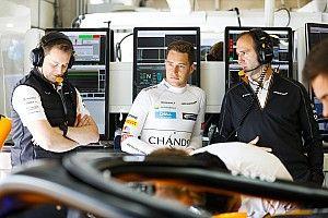 В McLaren посоветовали Вандорну начать опережать Алонсо