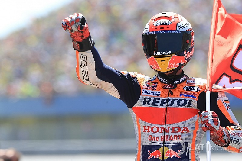 Assen MotoGP: Marquez wins after stunning fight
