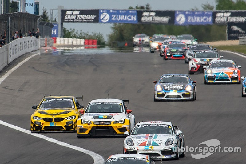 Al Nordschleife trionfo di LMS Racing/Bas Koeten Racing in Classe TCR nella 24h
