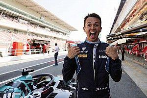 """Leclerc : """"Albon mériterait d'aller en F1"""""""