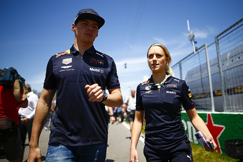 Verstappen mostró una actitud 'tipo Hamilton' en Canadá, según Rosberg