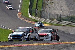 Trionfo di Kris Richard (con giallo) in Gara 2 a Spa-Francorchamps