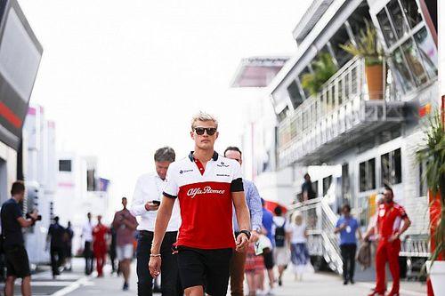 Ericsson örül neki, hogy egy olyan erős versenyzőhöz hasonlítják, mint Leclerc