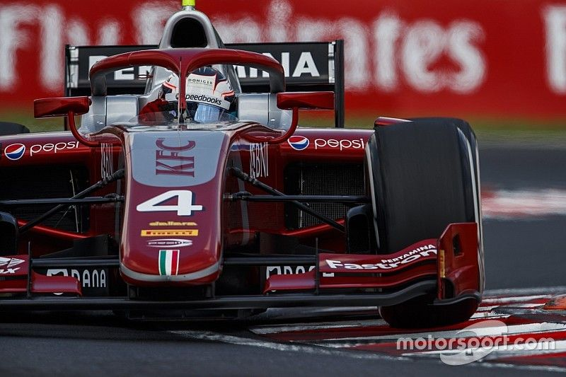 De Vries bate a Norris en una carrera de locura de la F2