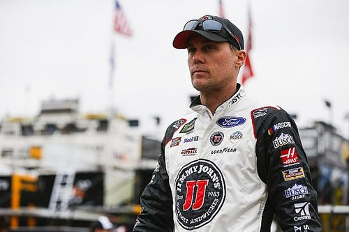 "Kevin Harvick hopes to add ""some buzz"" to grassroots racing"