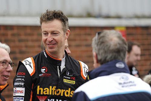 Thruxton BTCC: Neal beats Turkington to Race 1 win
