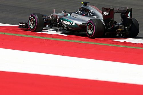 Austrian GP: Rosberg outpaces Hamilton in opening practice