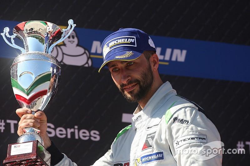 Грачев вновь выиграл в TCR