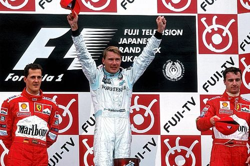 Ma 20 éve, hogy Häkkinen kétszeres világbajnok lett a McLarennel