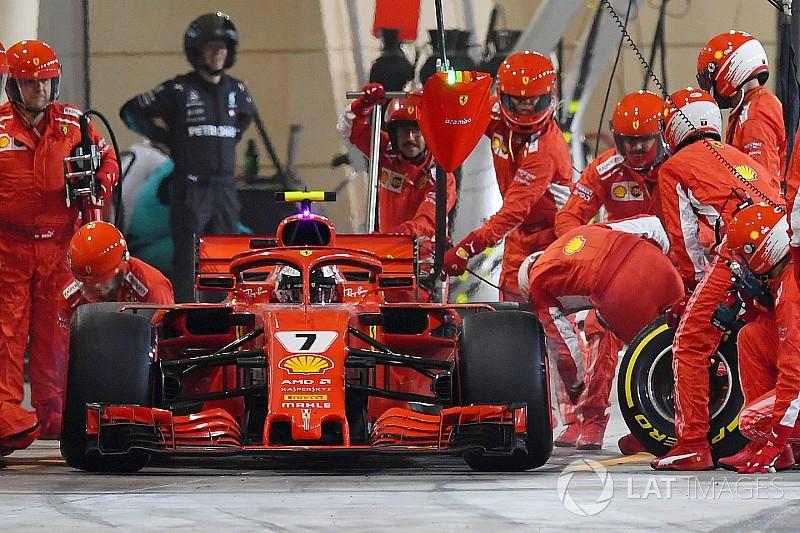 Сбитый Райкконеном механик Ferrari получил перелом ноги