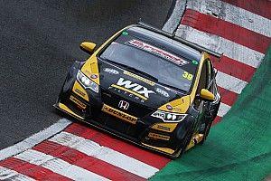 Brands Hatch BTCC: Smith on pole as title contenders struggle