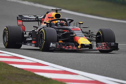 GP Cina: Ricciardo vince coi sorpassi, Verstappen colpisce Vettel!