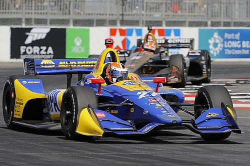 IndyCar Long Beach: Rossi troeft Penske-wagens af voor pole