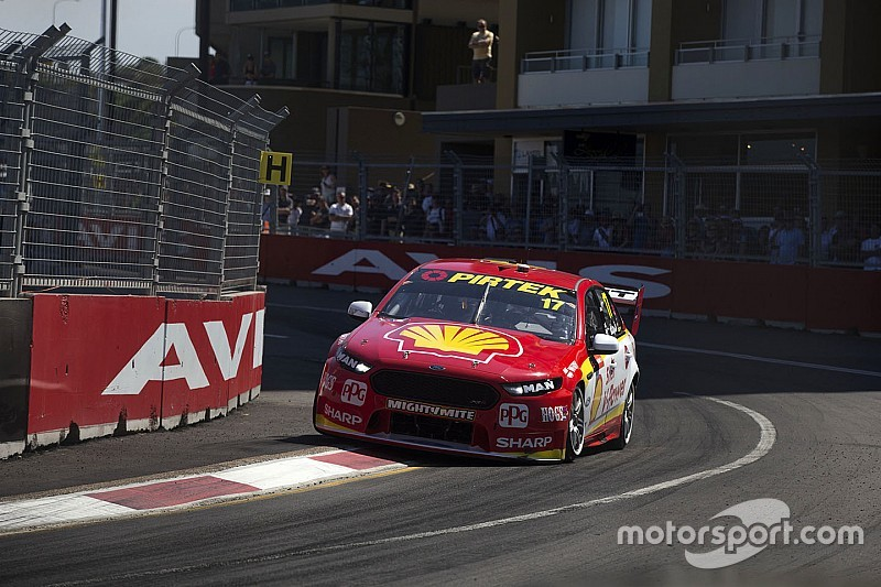 Newcastle Supercars: McLaughlin wins Race 1, disaster for Whincup