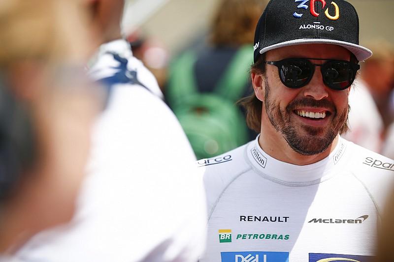 Alonso miért nem kell a Ferrarinak, a Mercedesnek, vagy a Red Bullnak?