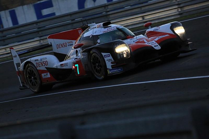 Toyota saca más ventaja tras 10 horas de carrera