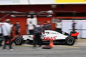 Штайнер объяснил провал Haas в Мельбурне нехваткой практики пит-стопов