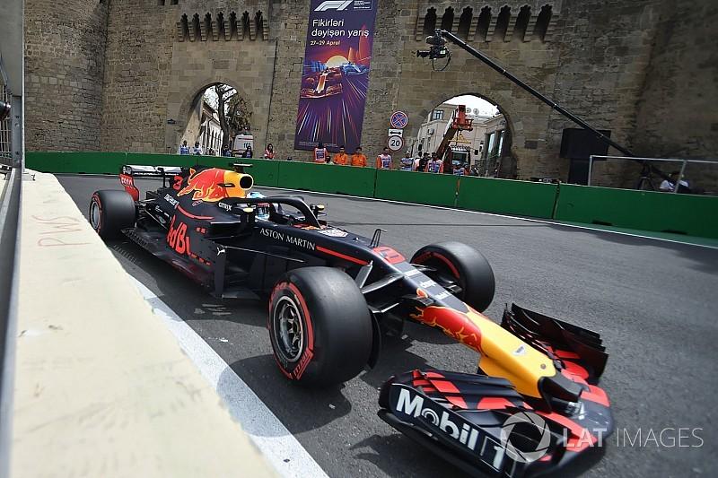 Риккардо стал быстрейшим по итогам пятницы в Баку
