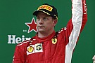Räikkönen parádés ugrása a luxus rezidenciáján