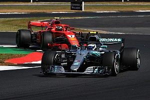 """Villeneuve: """"Si en vez de Hamilton es Bottas, a Raikkonen lo sancionan menos"""""""