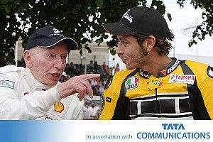 Akankah ada pembalap MotoGP yang menyamai John Surtees?