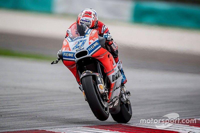 Stoner ancora al top nei test di Sepang, la Honda prova una nuova carena