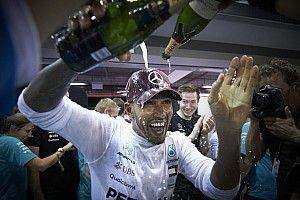 Képekben Hamilton szingapúri győzelme: úton az ötödik cím felé