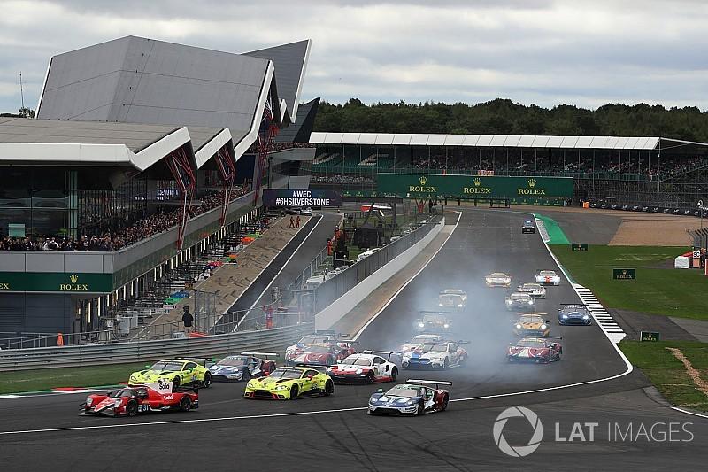 Silverstone, 4° Ora: Porsche, Ferrari, Ford sul filo di lana in GTE PRO