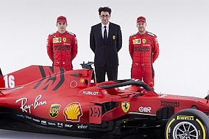 """Ferrari ne tranche plus : """"Vettel et Leclerc seront au même niveau"""""""