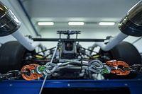 لامبورغيني تنشر فيديو تشويقي لتشغيل محرك سيارة خارقة مخصصة للحلبات