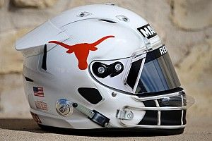 Ricciardo pays tribute to Longhorns with Austin helmet design