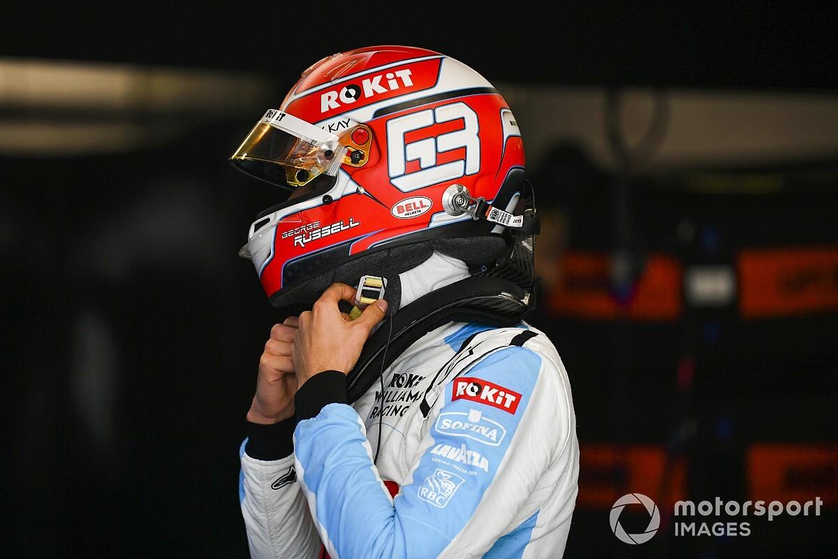 Így hasítja a fát a Williams F1-es pilótája: videó