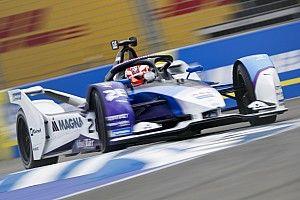 Günther nyerte a hatalmas csattanások csatáját a Formula E online bajnokságában