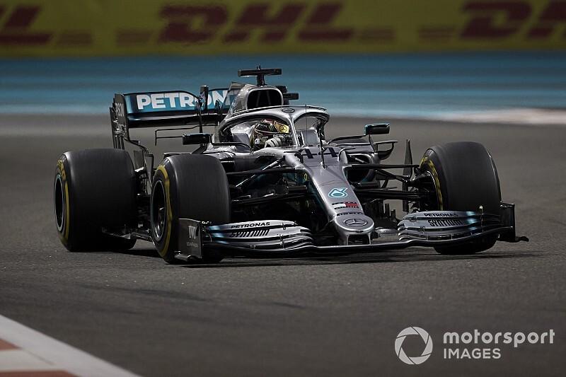 """Hamilton waarschuwt concurrentie: """"Dit jaar ben ik een machine"""""""