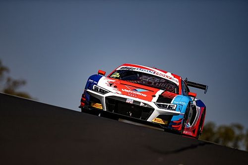 Bathurst 12 Hour: Crashes cut final practice short