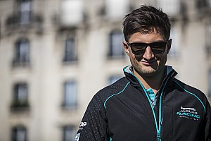Jaguar behoudt Evans voor komend Formule E-seizoen